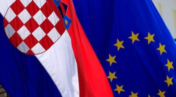 Drapeaux de la Croatie et de l'Europe